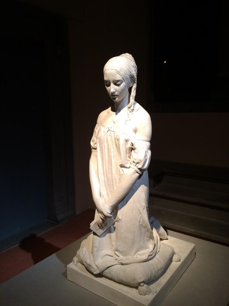 divine beauty statue