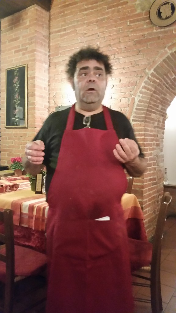 Massimo, the owner of the Hosteria la vecchia rota in Val di Chiana