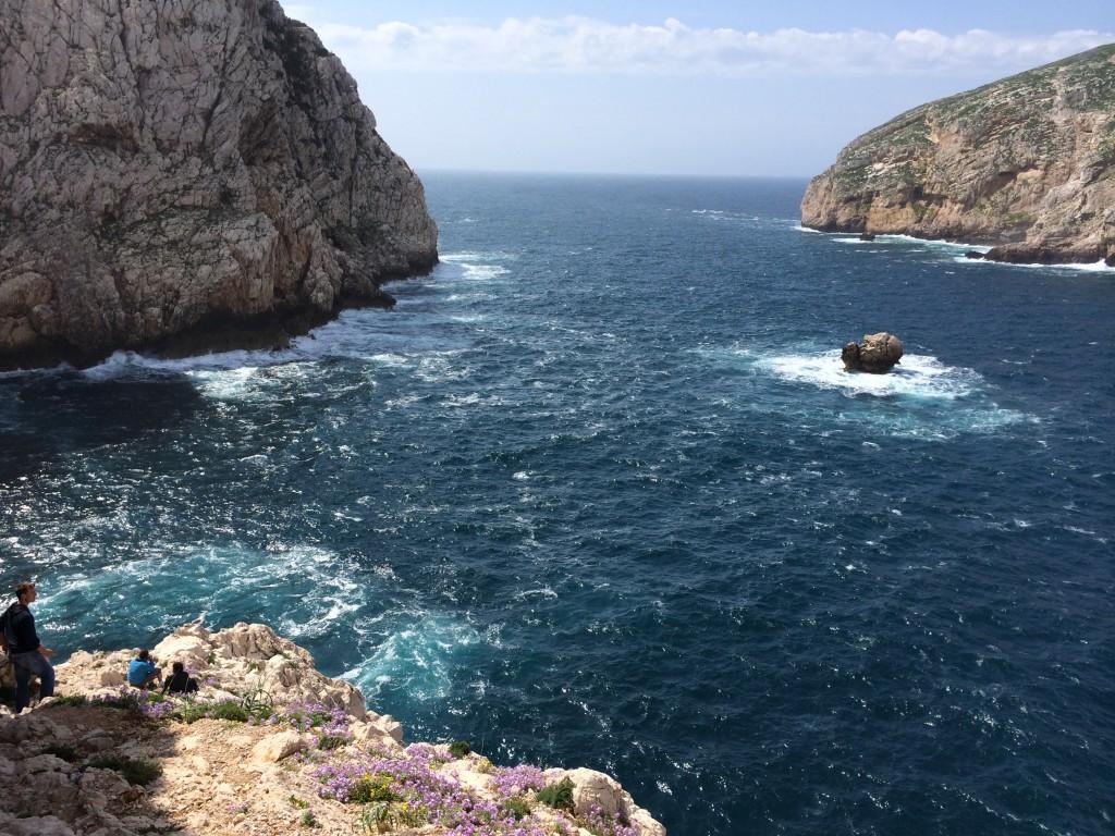 The rocky coast of Sardegna
