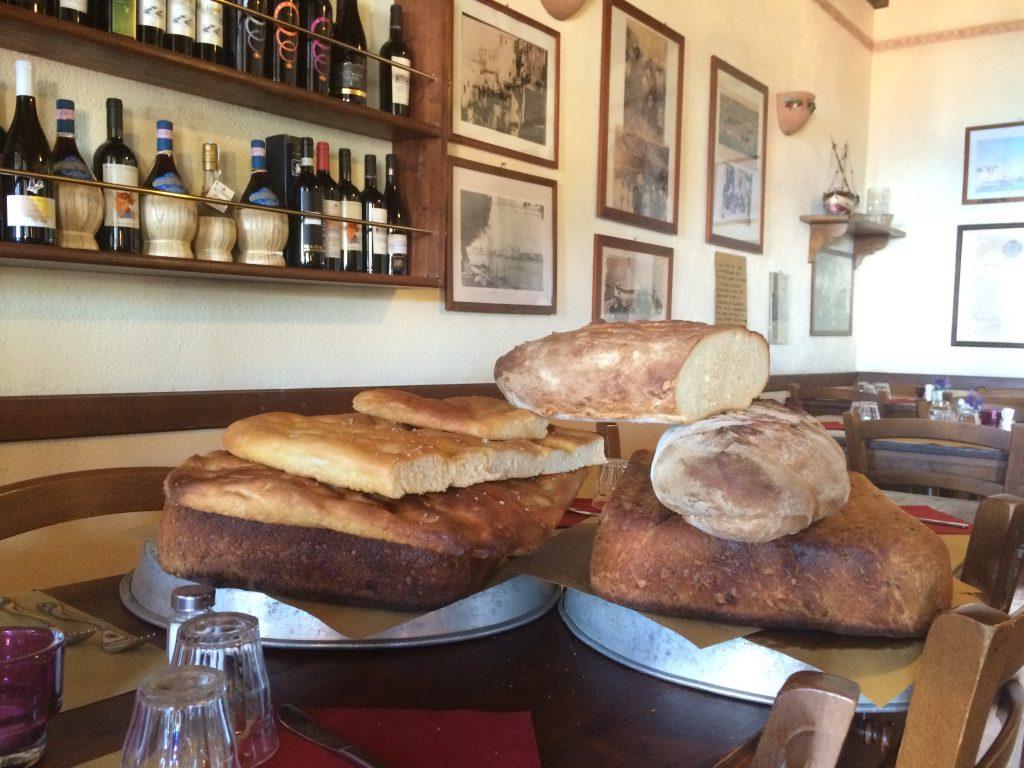 Homemade bread at Osteria del Noce
