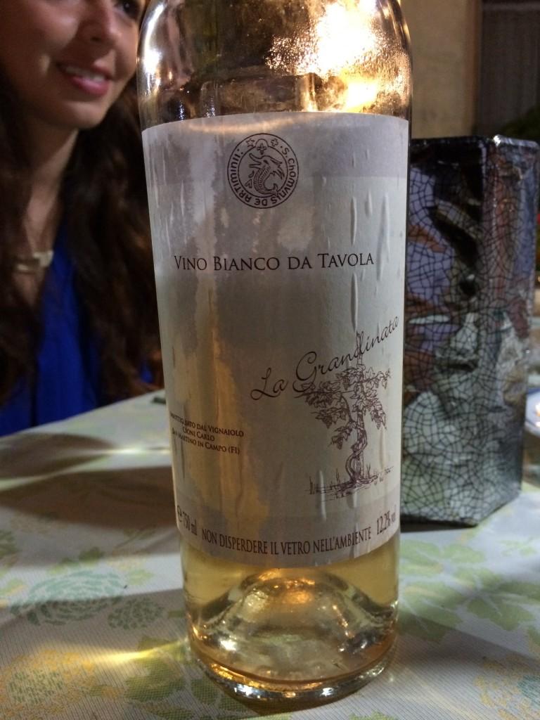 hailed white wine