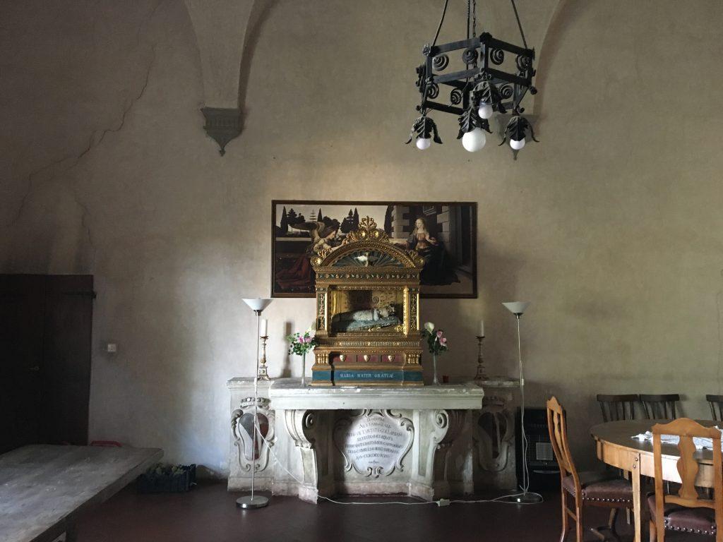 The baby saint reliquium la santa bambina a monte oliveto