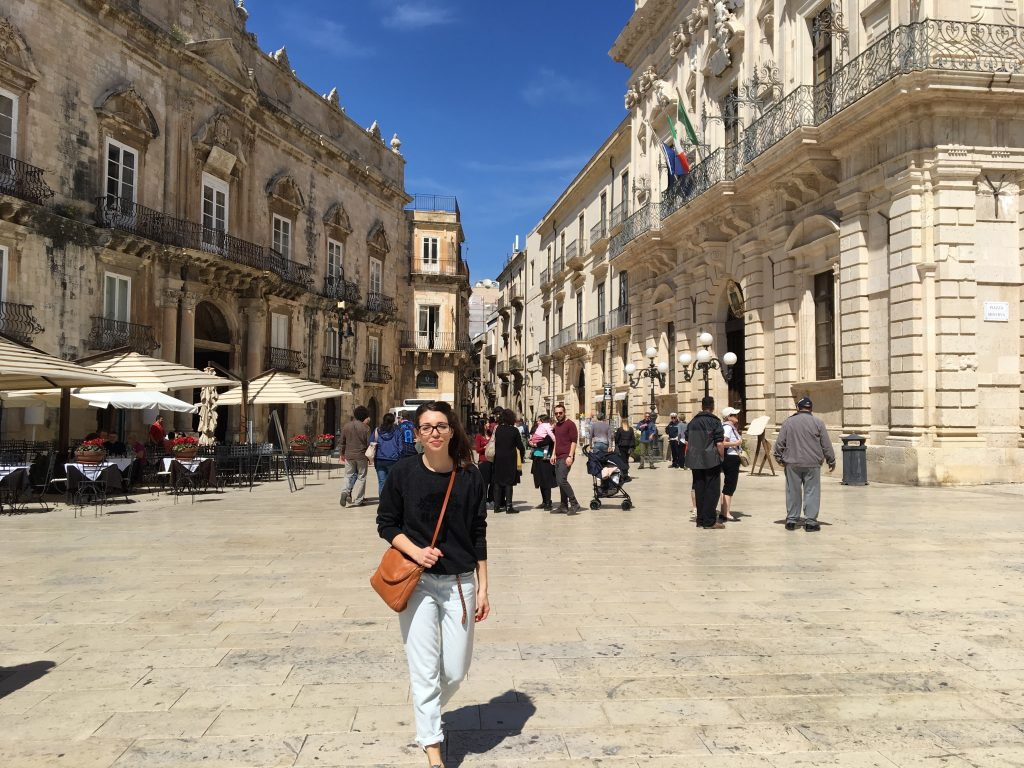Christina in central square of siracusa ortigia